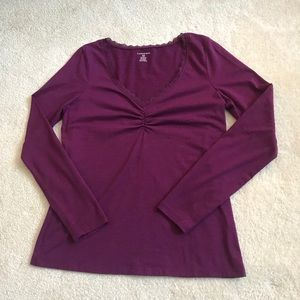 Lands end purple long sleeve tee small 6-8 vneck